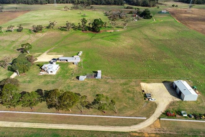 Picture of 437 Bowd's Road, STRATHDOWNIE VIC 3312