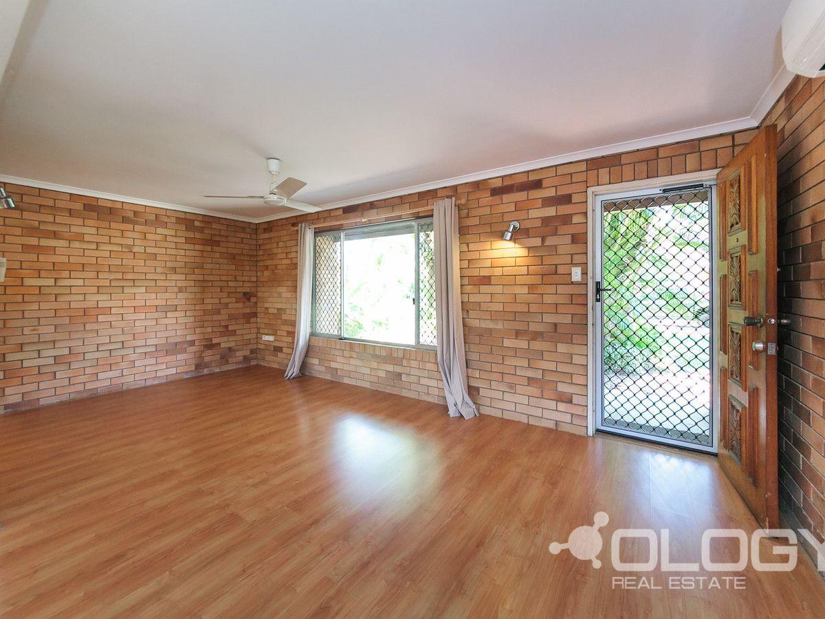 1/17 McColl Street, Norman Gardens QLD 4701, Image 2