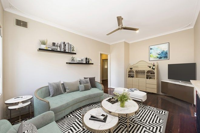 Picture of 296 Morley Drive East, EDEN HILL WA 6054