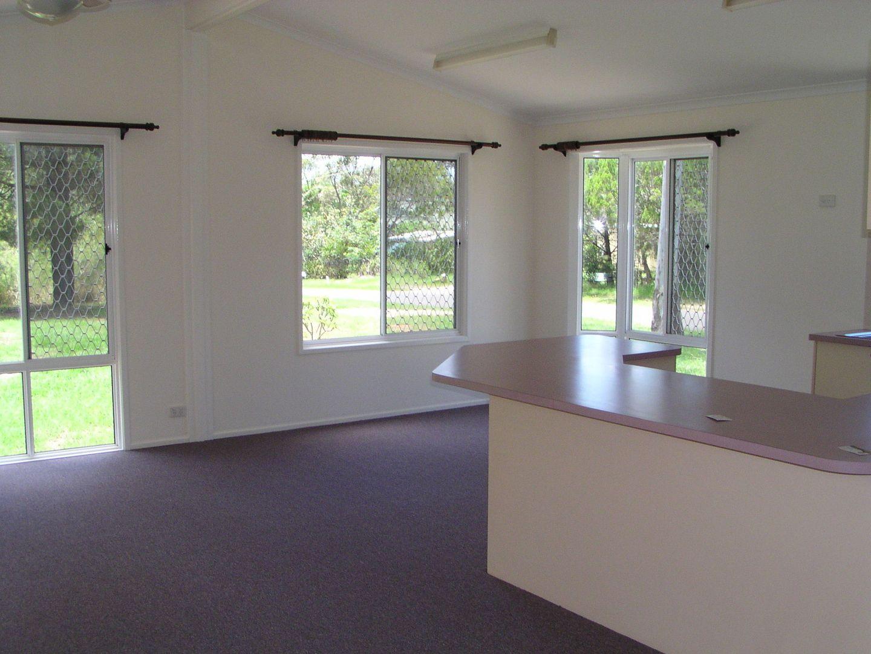 61 Francis Road, Macleay Island QLD 4184, Image 2