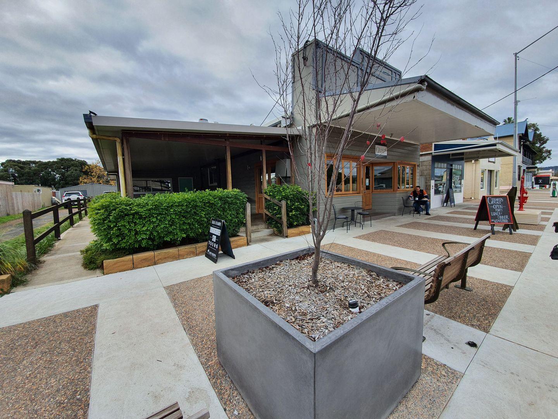 16-18 Ogilvie, Denman NSW 2328, Image 1