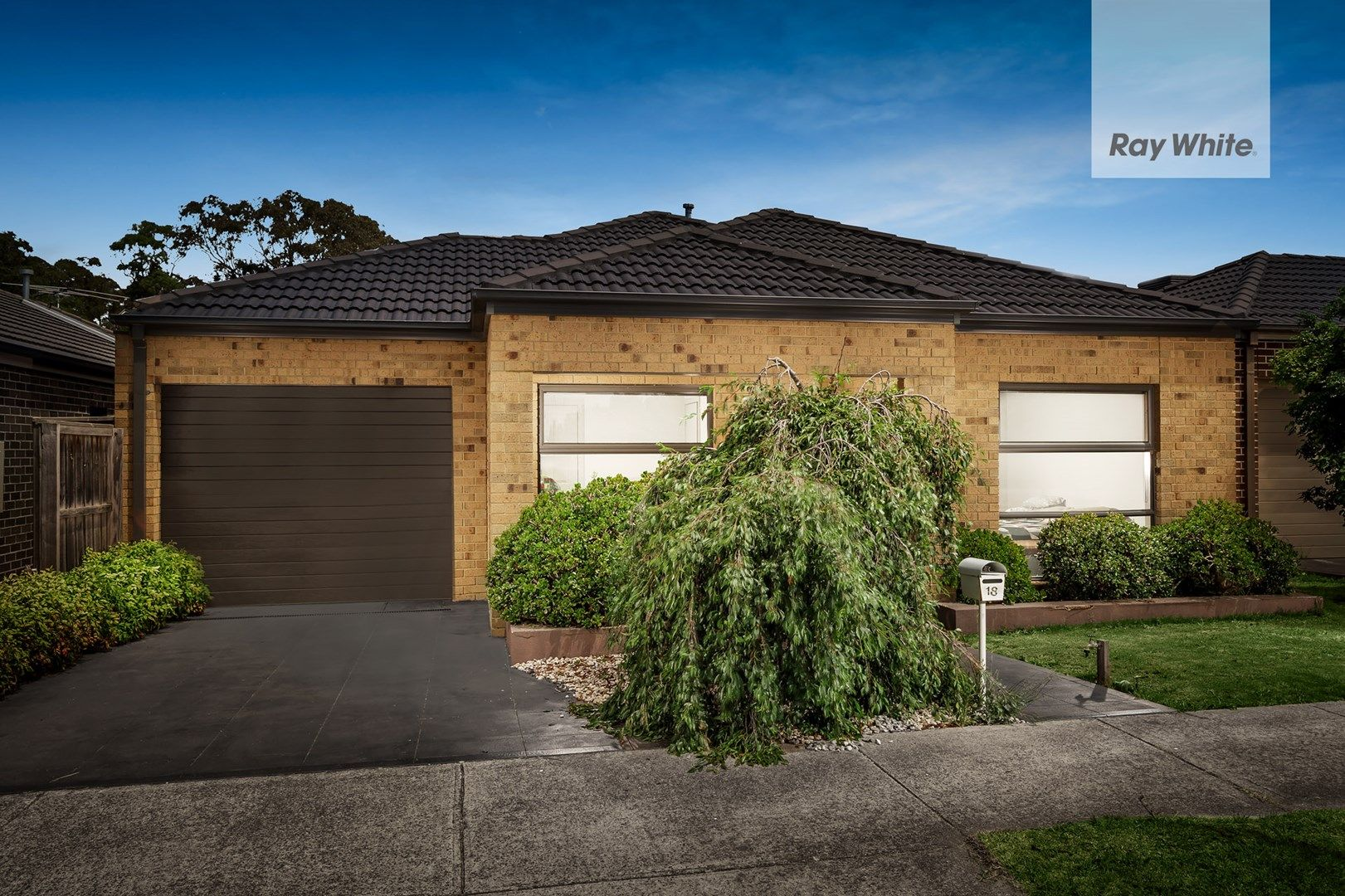 18 Chamonix Parade, South Morang VIC 3752, Image 0