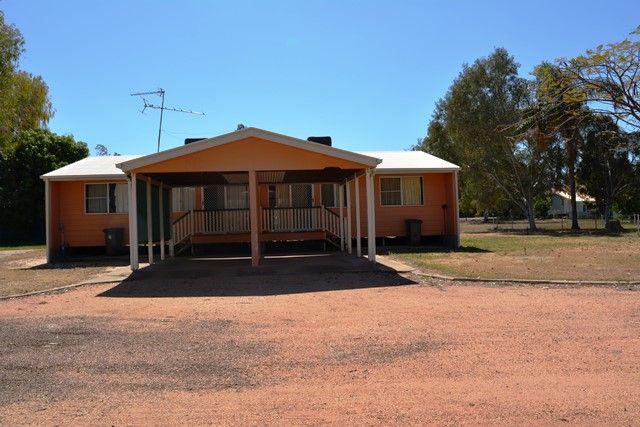 2A Daisy Street, Blackall QLD 4472, Image 0