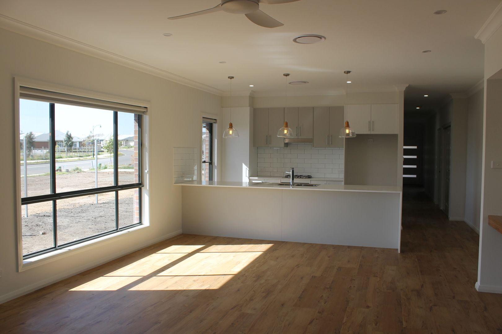 73 Wirraway Drive, Thornton NSW 2322, Image 1