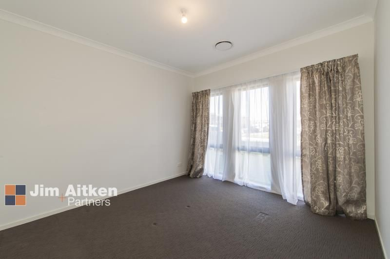 22 Empire Circuit, Penrith NSW 2750, Image 2