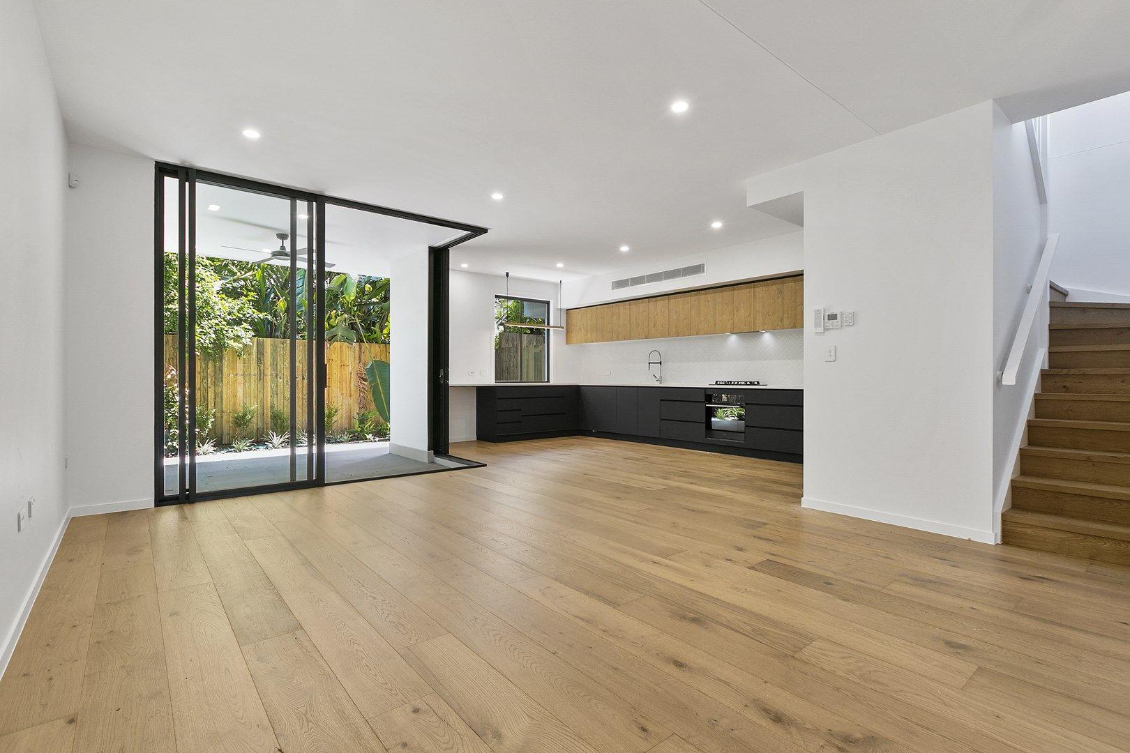 10 Sixth Avenue, Balmoral QLD 4171, Image 0
