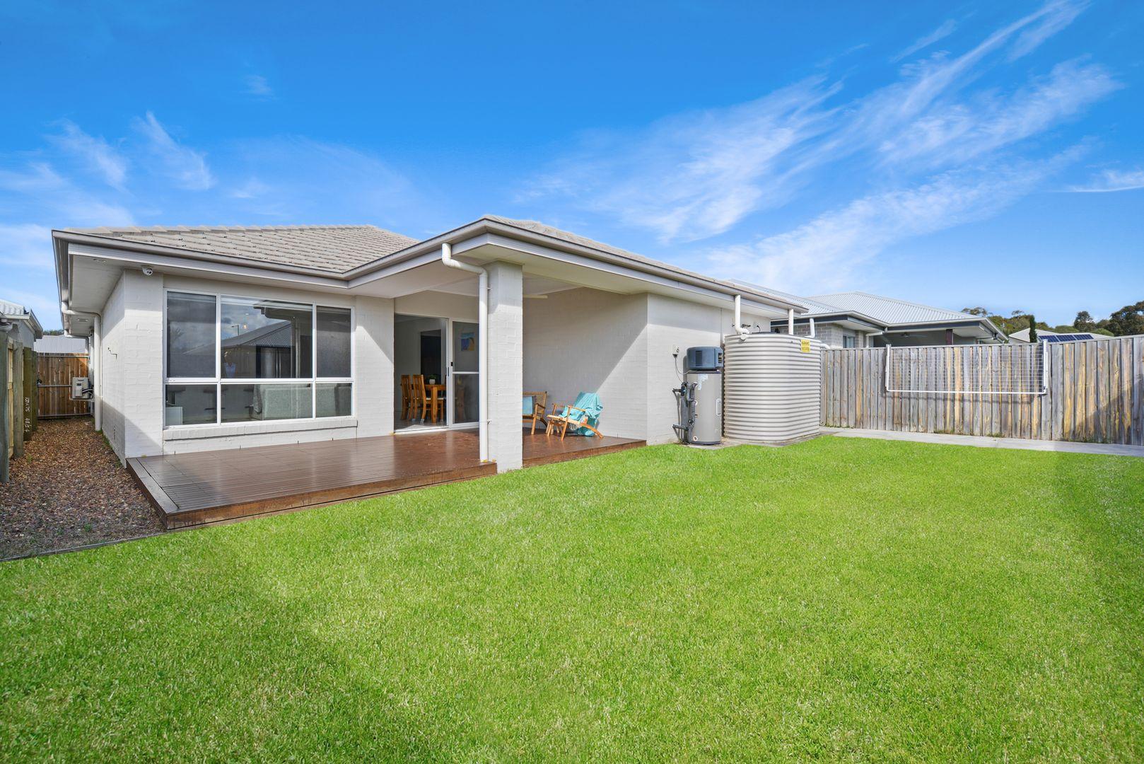 22 Turquoise  Place, Caloundra West QLD 4551, Image 1