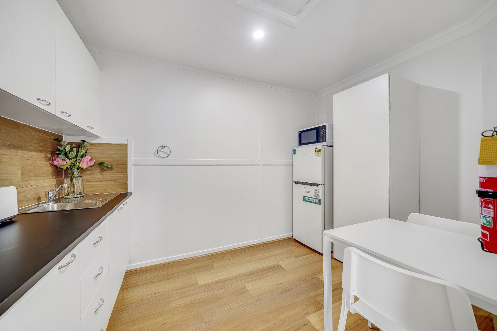 4/18 Groves Cres, Boondall QLD 4034, Image 2