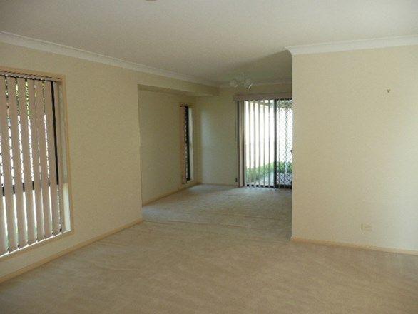 19 Takora Street, Middle Park QLD 4074, Image 2