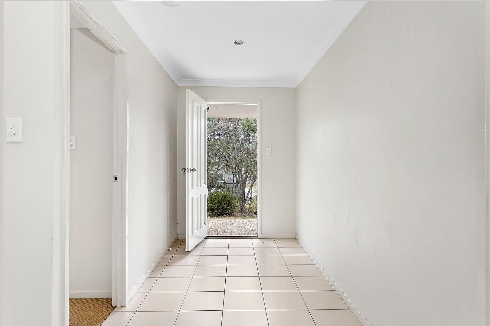 36 Friend Street, Wakerley QLD 4154, Image 2