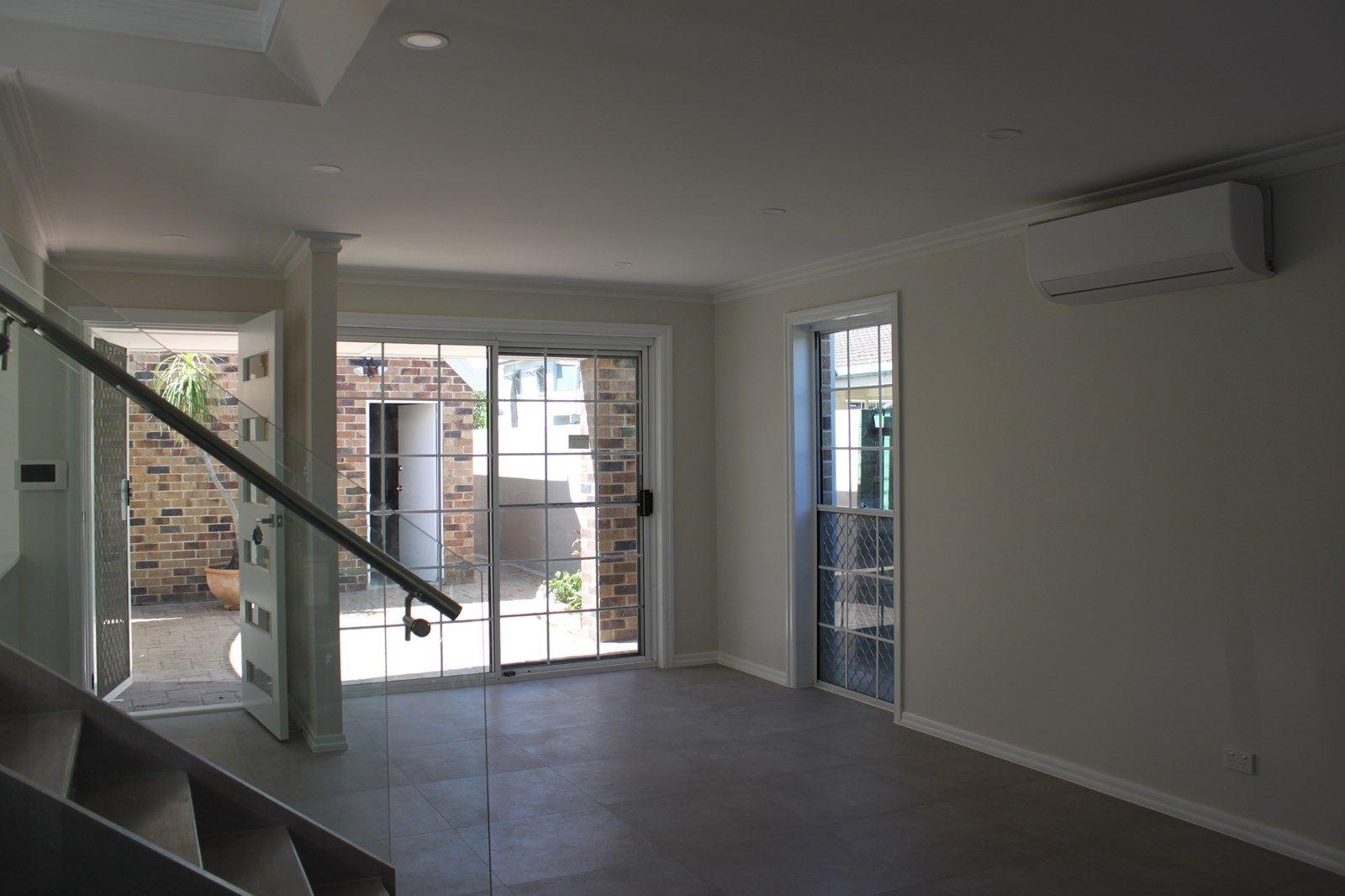 1/30 Sunbrite Avenue, Mermaid Beach QLD 4218, Image 1