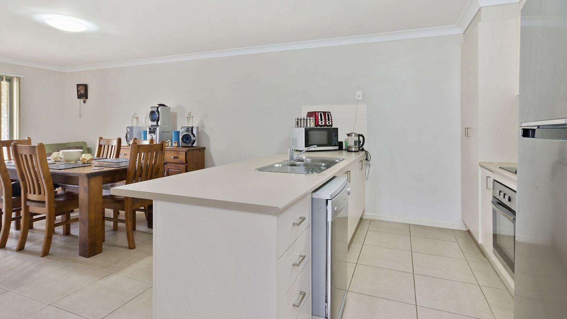 1/16 Ashfield Street, North Ipswich QLD 4305, Image 2