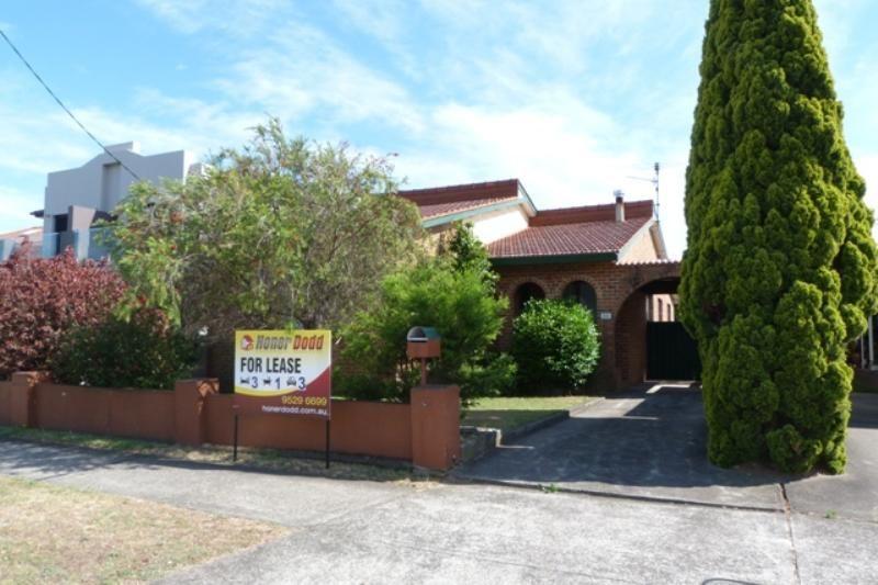30 Russell Avenue, Sans Souci NSW 2219, Image 0