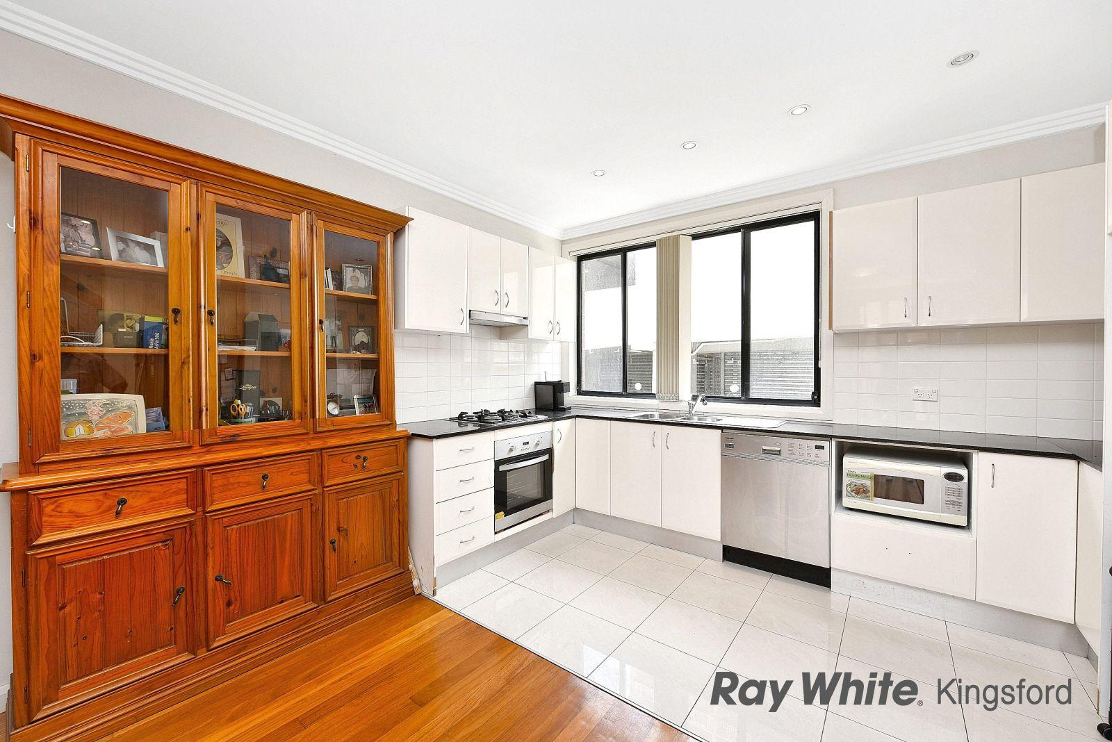 2/11 Barker Street, Kensington NSW 2033, Image 2