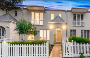 Picture of 10 Pampas Lane, Cairnlea VIC 3023