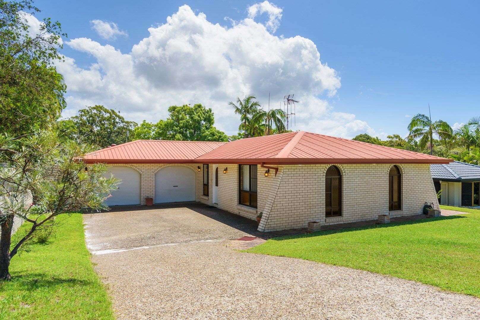 10 Coora Court, Rainbow Beach QLD 4581, Image 0