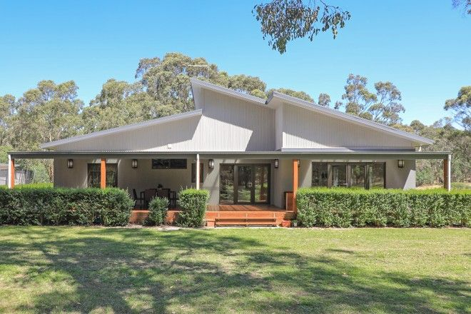 Picture of 41 Sawyers Road, WOODEND VIC 3442