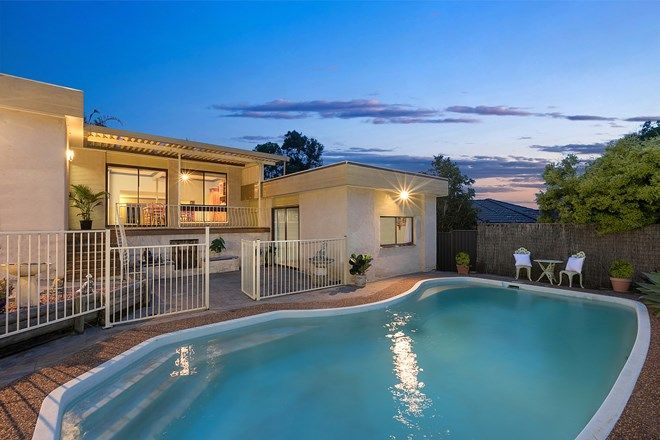 Picture of 1 Caloola Close, BATEAU BAY NSW 2261