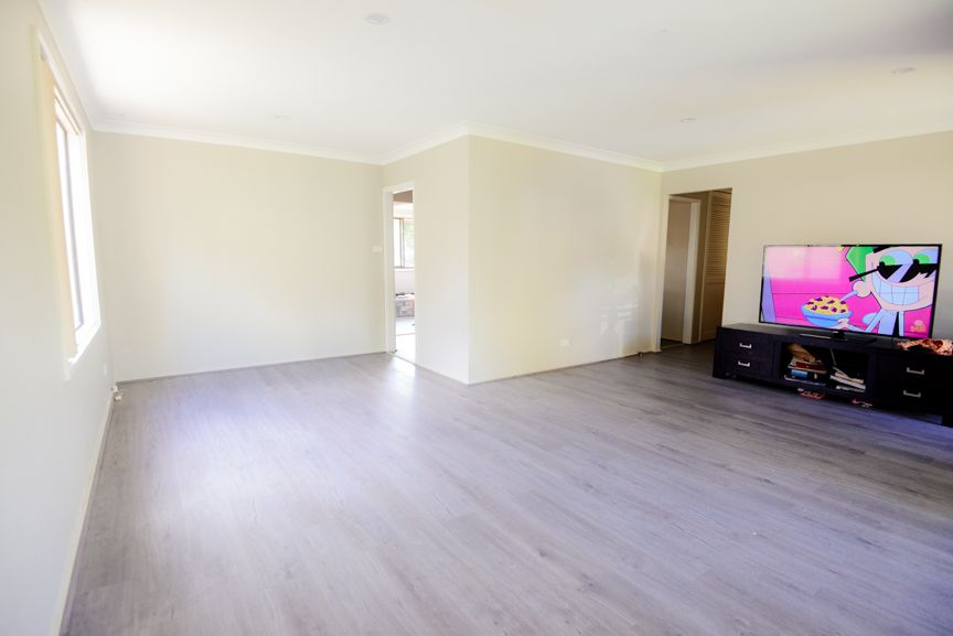 29 Loftus Drive, Barrack Heights NSW 2528, Image 2