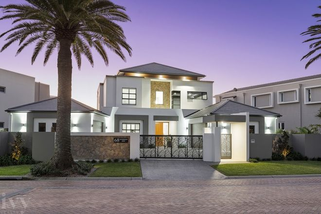 Picture of 68 The Sovereign Mile, SOVEREIGN ISLANDS QLD 4216