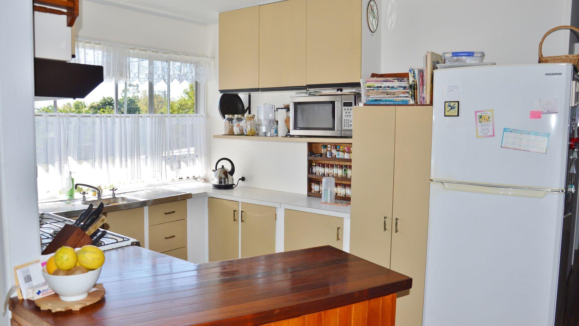 14 Adamson Street, Haliday Bay QLD 4740, Image 2