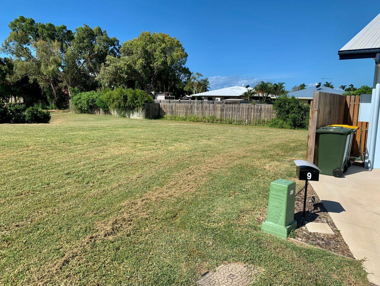 7 First Close, Bowen QLD 4805, Image 2