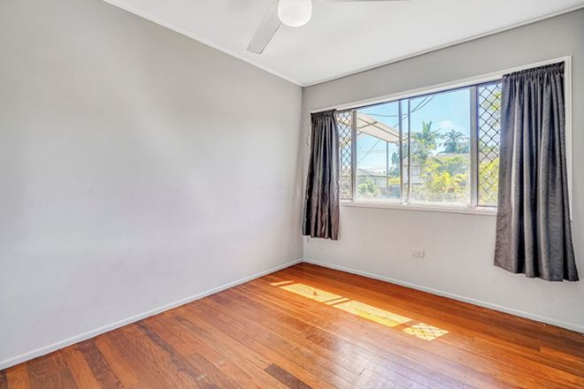 Picture of 179 Chilton St, SUNNYBANK HILLS QLD 4109