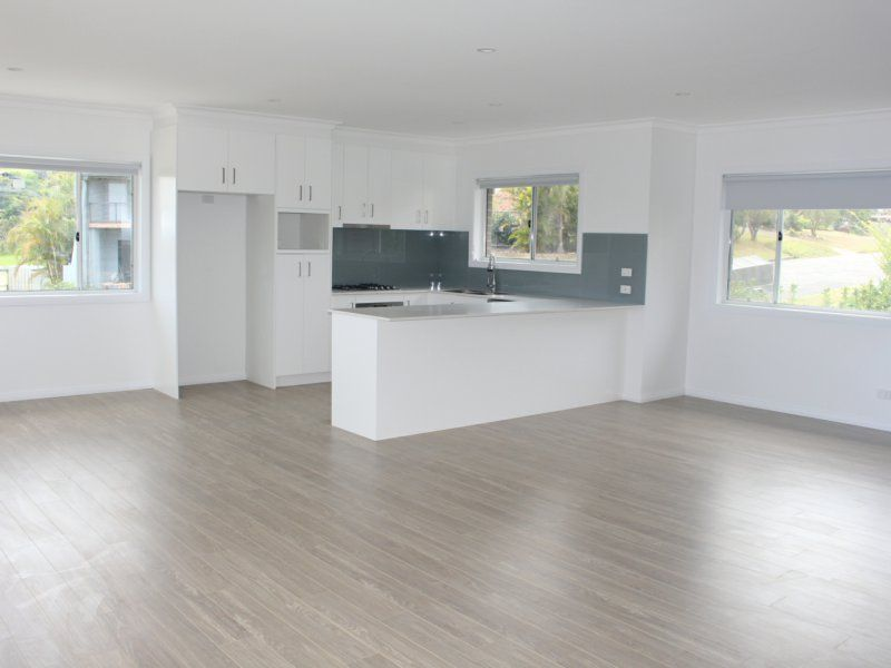 e37488e2860 1/5 Coromont Drive, Red Head NSW 2430 - Townhouse For Rent ...