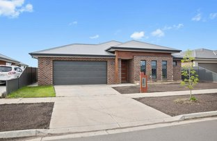 Picture of 6 Kernick Street, Lucas VIC 3350