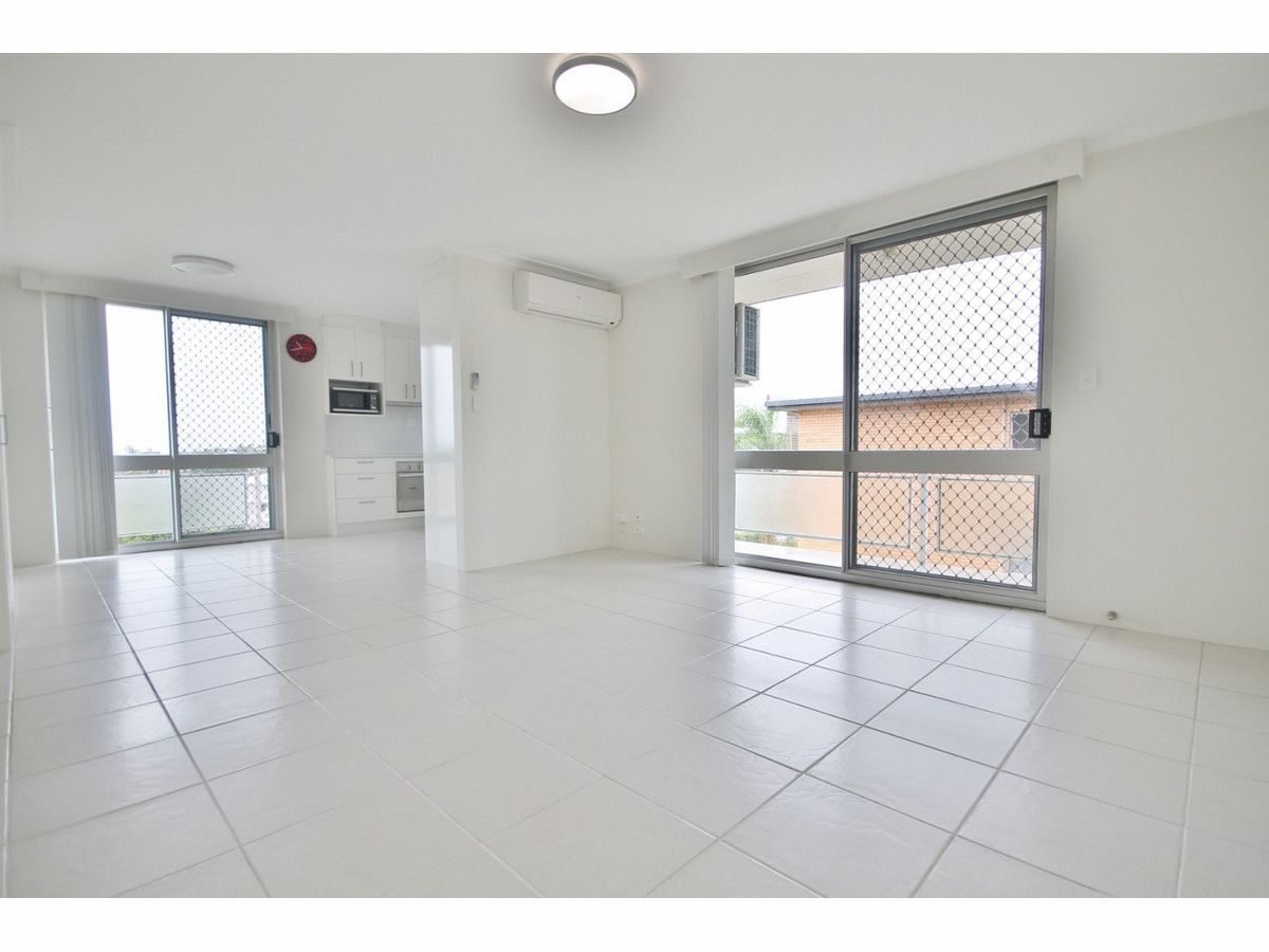 6/13 Crown Street, Holland Park West QLD 4121, Image 0