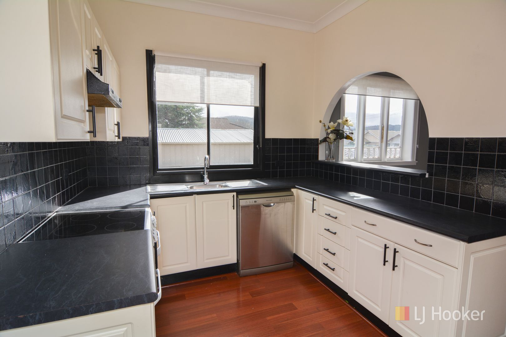 18 Eskbank Street, Lithgow NSW 2790, Image 1
