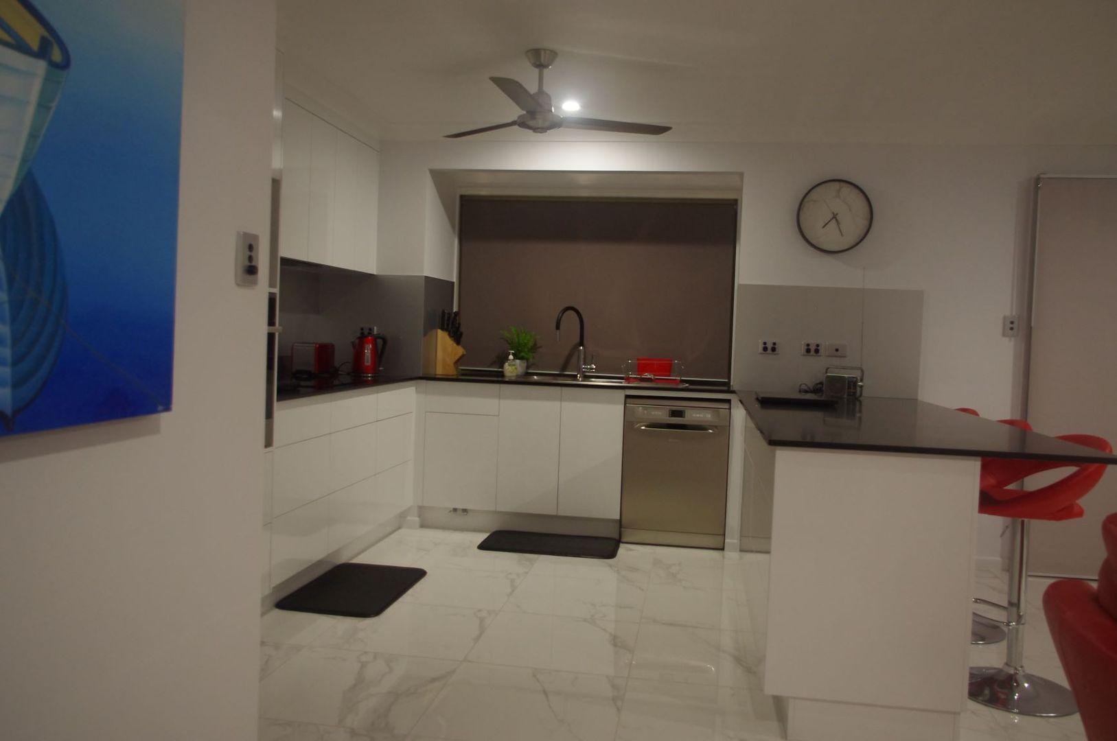 1 McDougall Street, Emu Park QLD 4710, Image 2