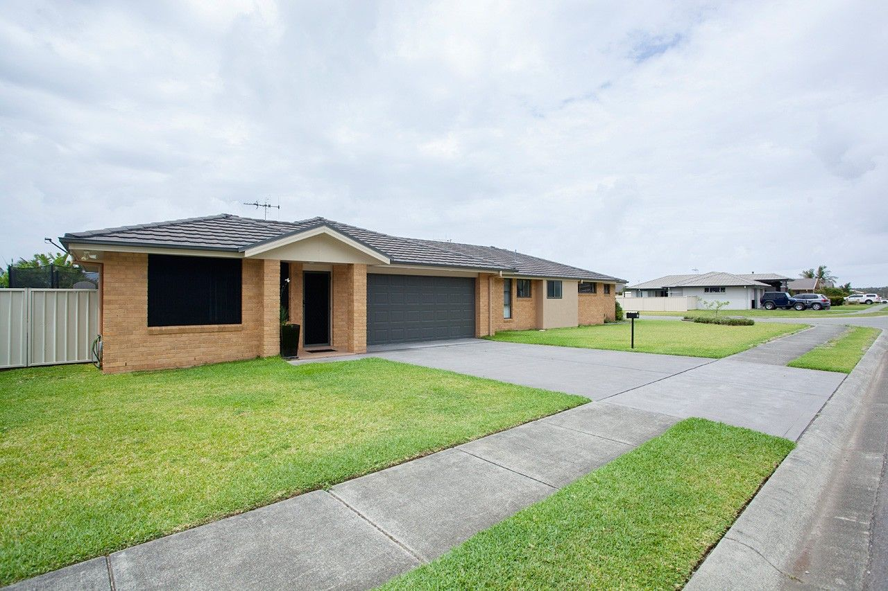 2/24 Albatross Way, Old Bar NSW 2430, Image 0