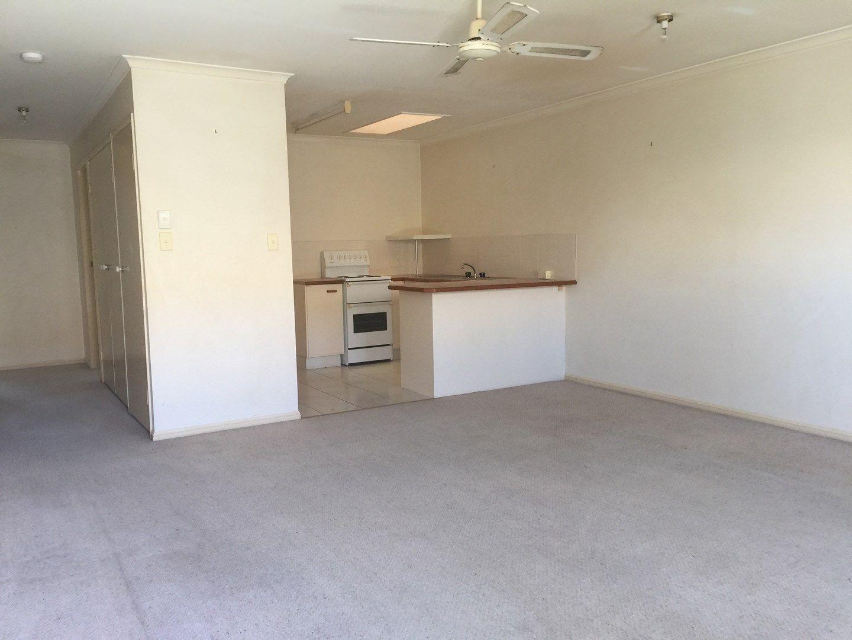 6/82 Ashmole Road, Redcliffe QLD 4020, Image 2