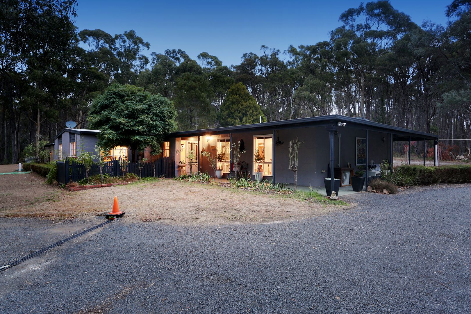 208 Ashbourne Rd, Woodend VIC 3442, Image 1