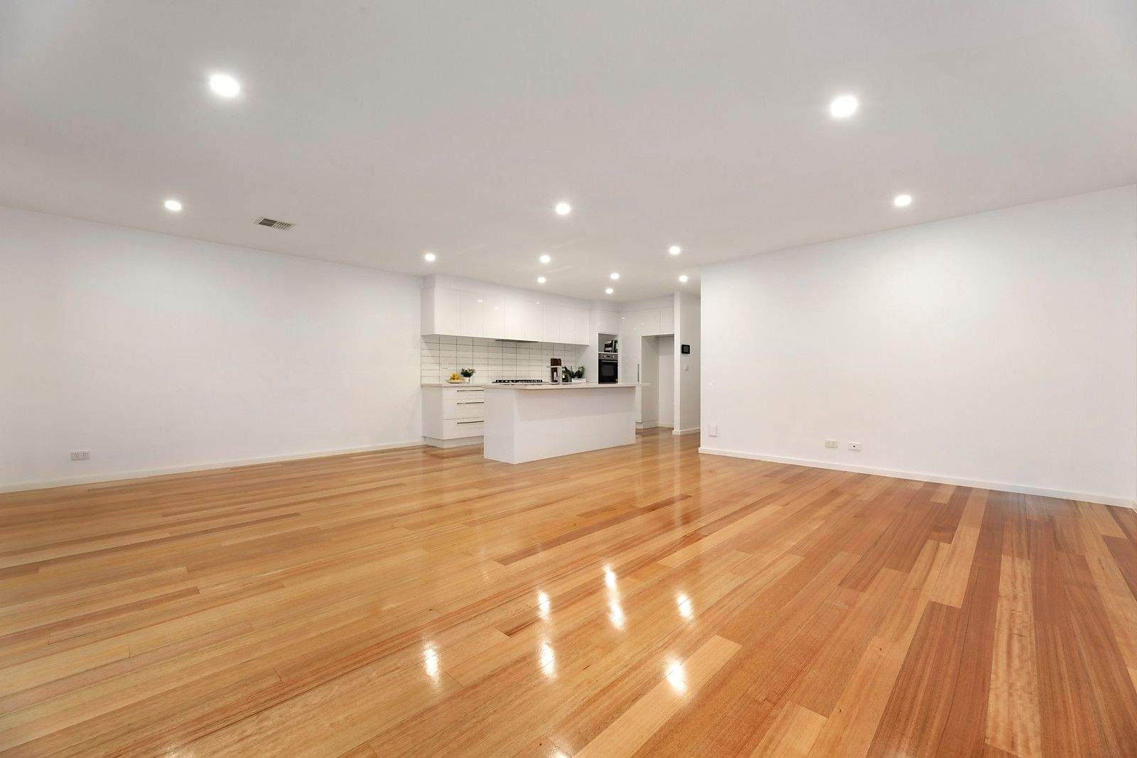 44A Roberts Road, Airport West VIC 3042, Image 2
