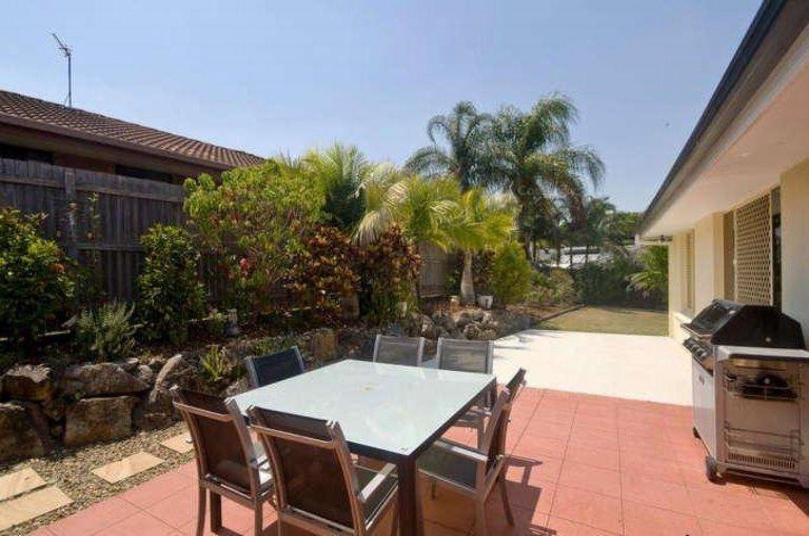 4 Whitehead Drive, Burleigh Waters QLD 4220, Image 1