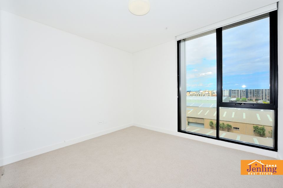 706/13 Verona Drive , Wentworth Point NSW 2127, Image 2