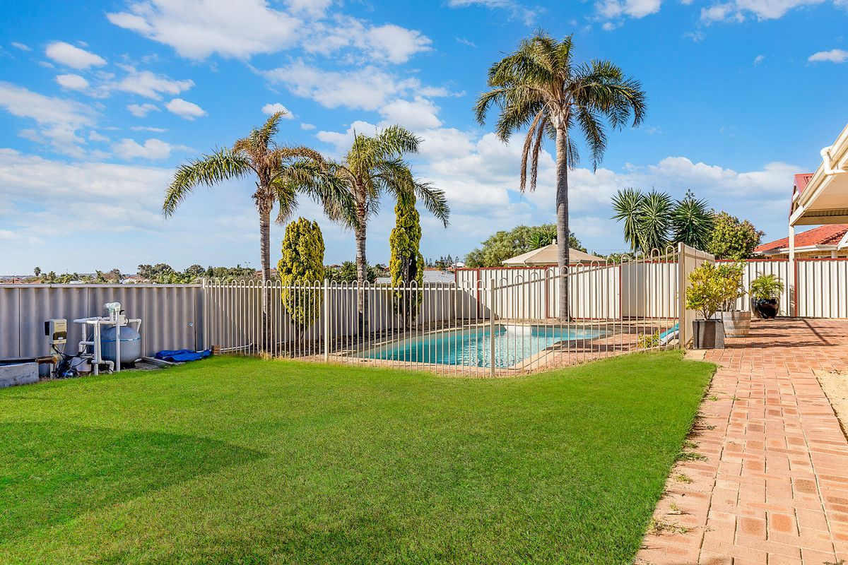 14 Fairway Circle, Connolly WA 6027, Image 0