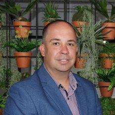 Matt Hutchinson, Director / Sales