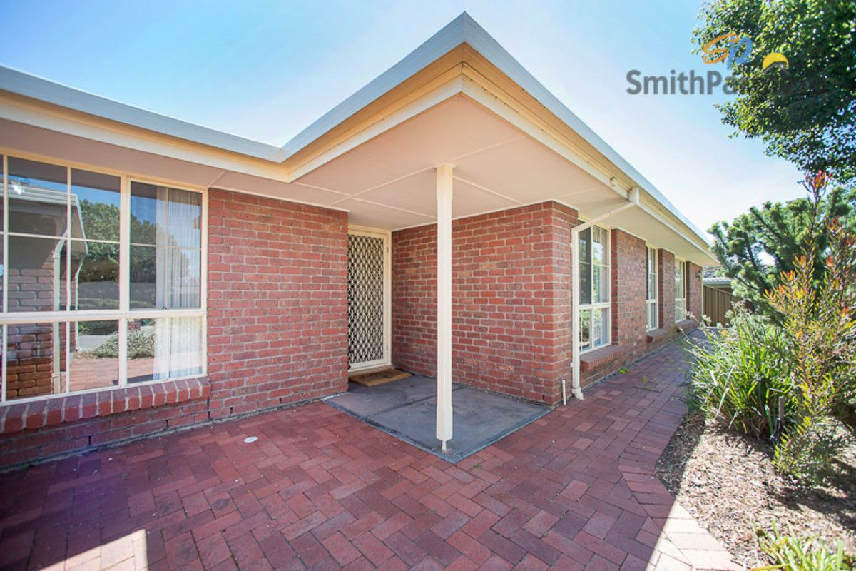 10 Bronhill Court, Golden Grove SA 5125, Image 2
