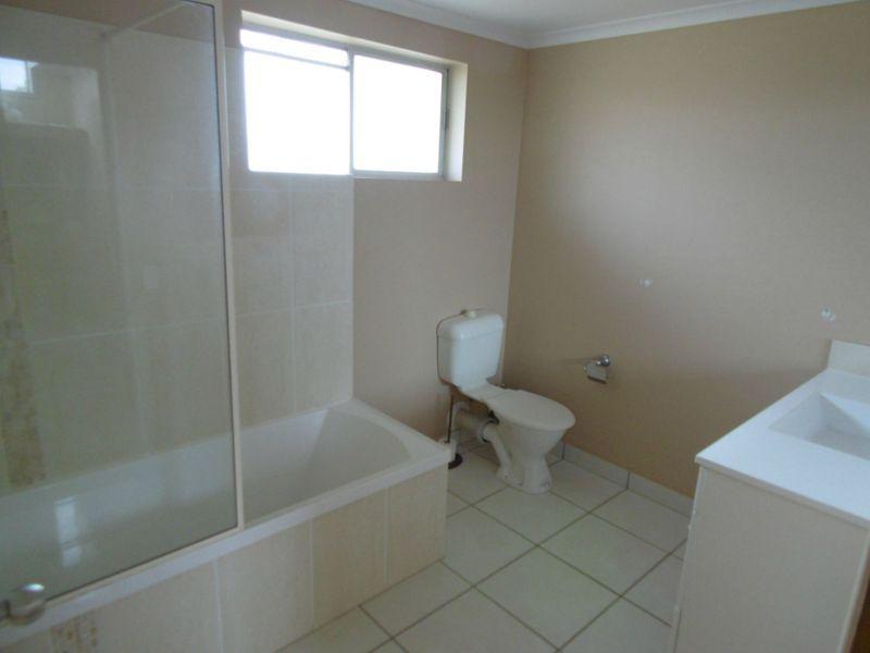 6 North Street, Childers QLD 4660, Image 2