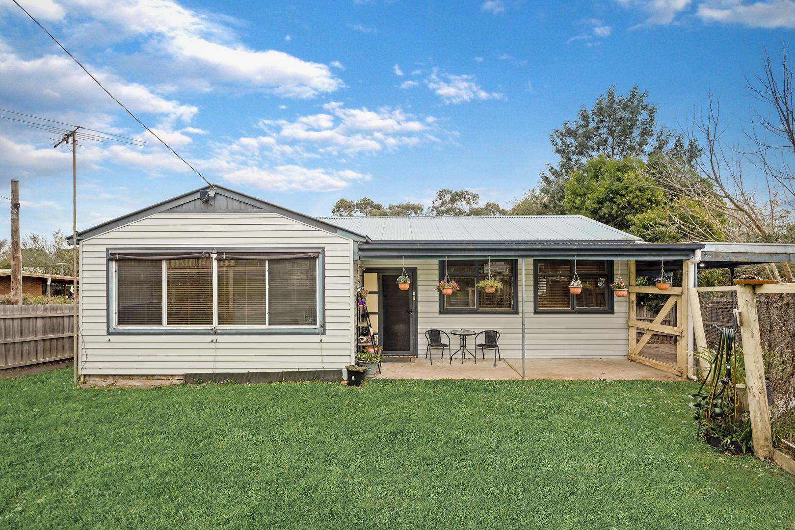 Sold 17 Maroondah Highway, Healesville VIC 17 on 17 May 17