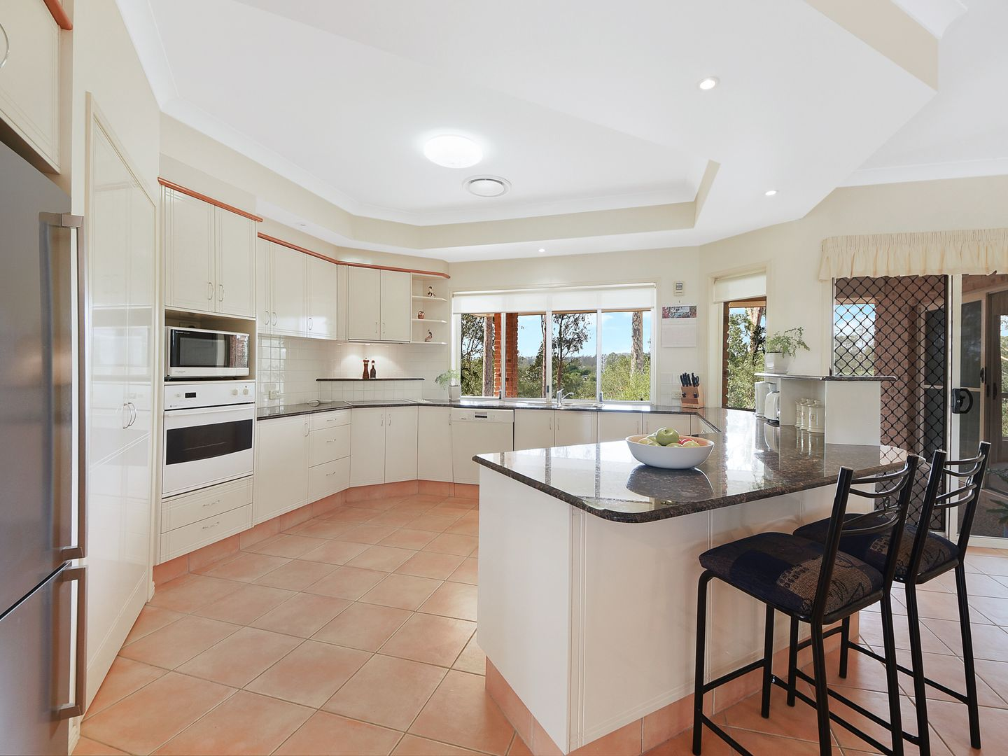 2 Hidden Valley Drive, Eatons Hill QLD 4037, Image 1