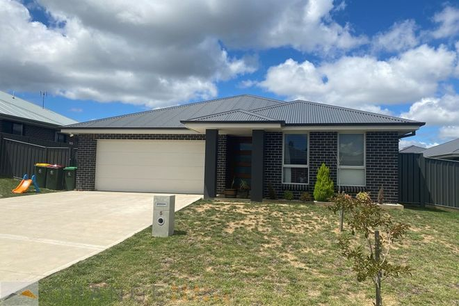 Picture of 5 Myrtle Close, ORANGE NSW 2800