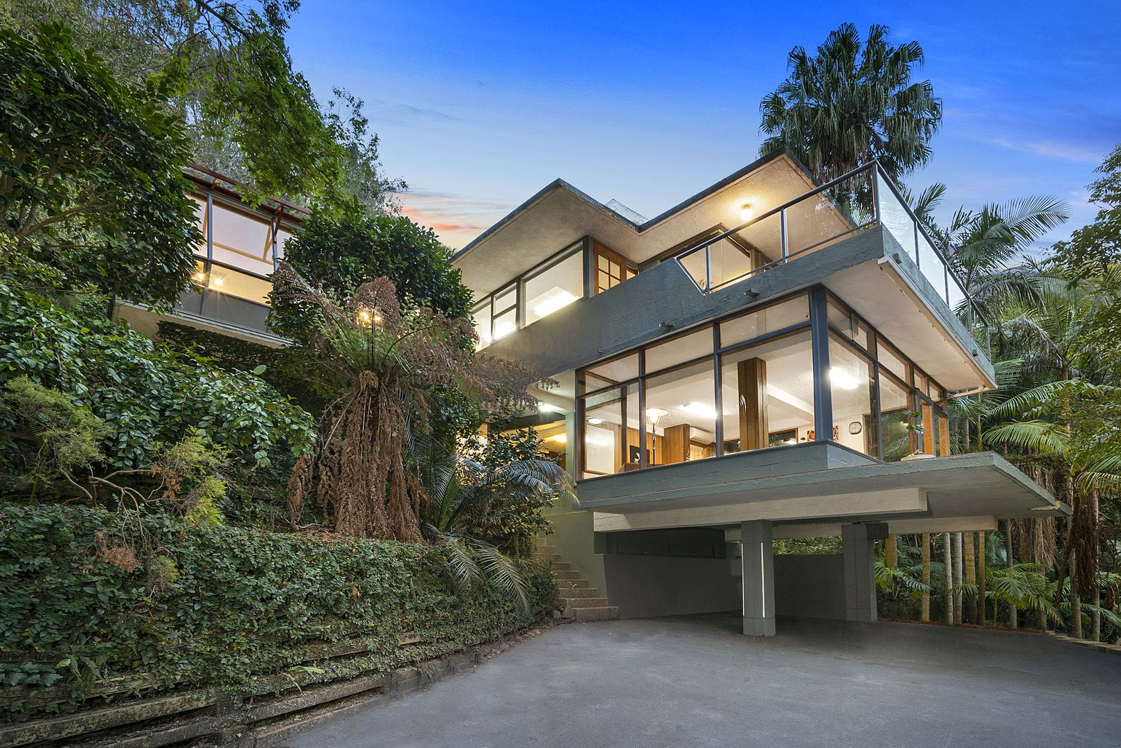 105 McCarrs Creek Road, Church Point NSW 2105, Image 2