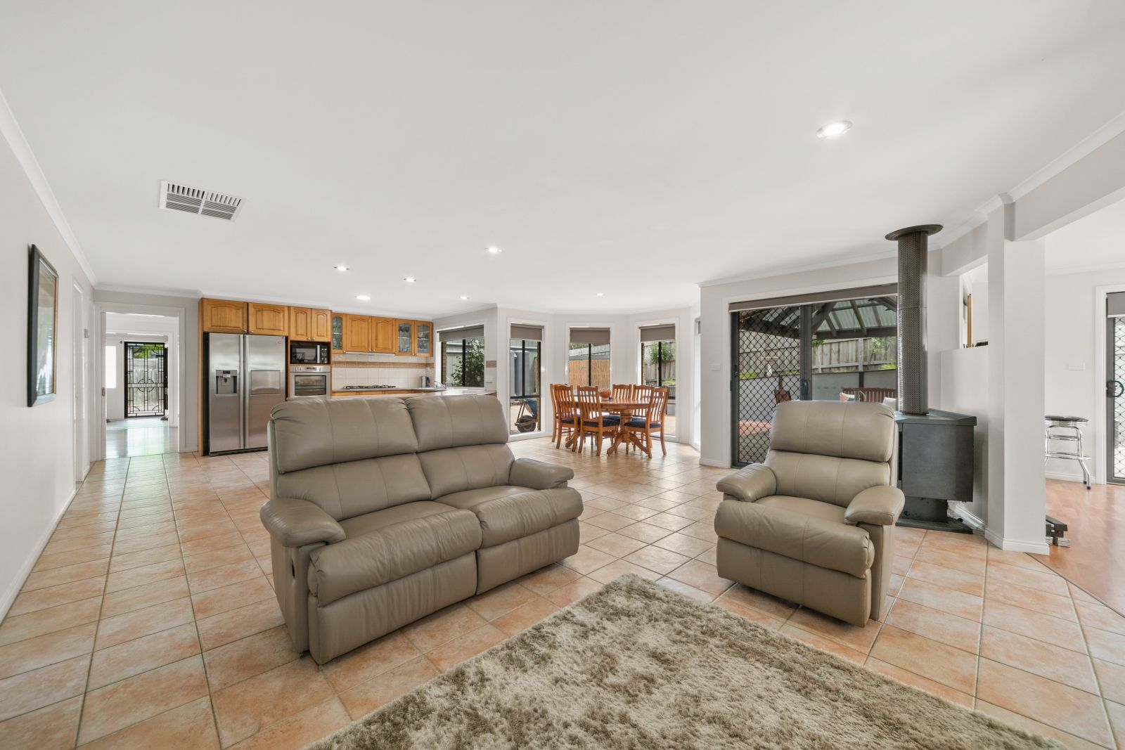 7 Belltrees Court, Pearcedale VIC 3912, Image 2