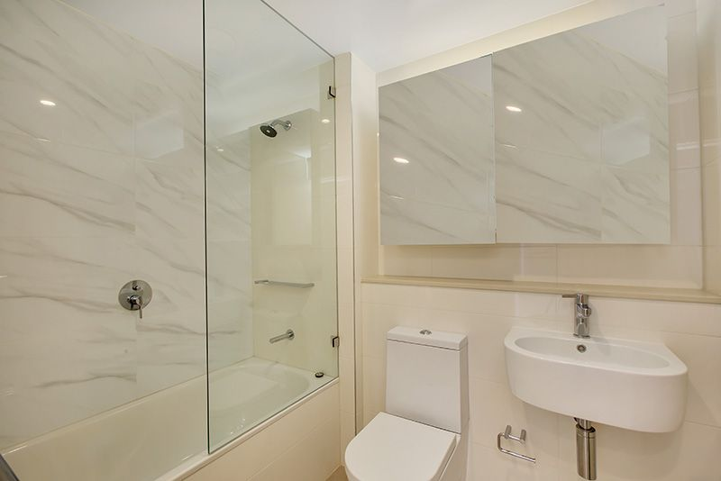 1701/458 Forest Road, Hurstville NSW 2220, Image 2