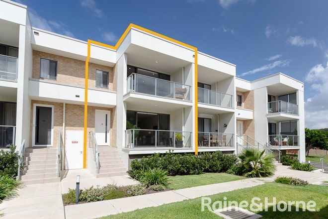 Picture of 9/55b Caves Beach Road, CAVES BEACH NSW 2281