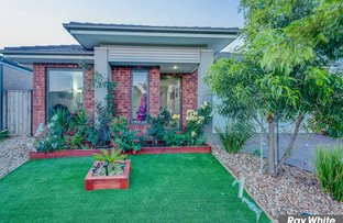 18 Cape Parade, Point Cook VIC 3030